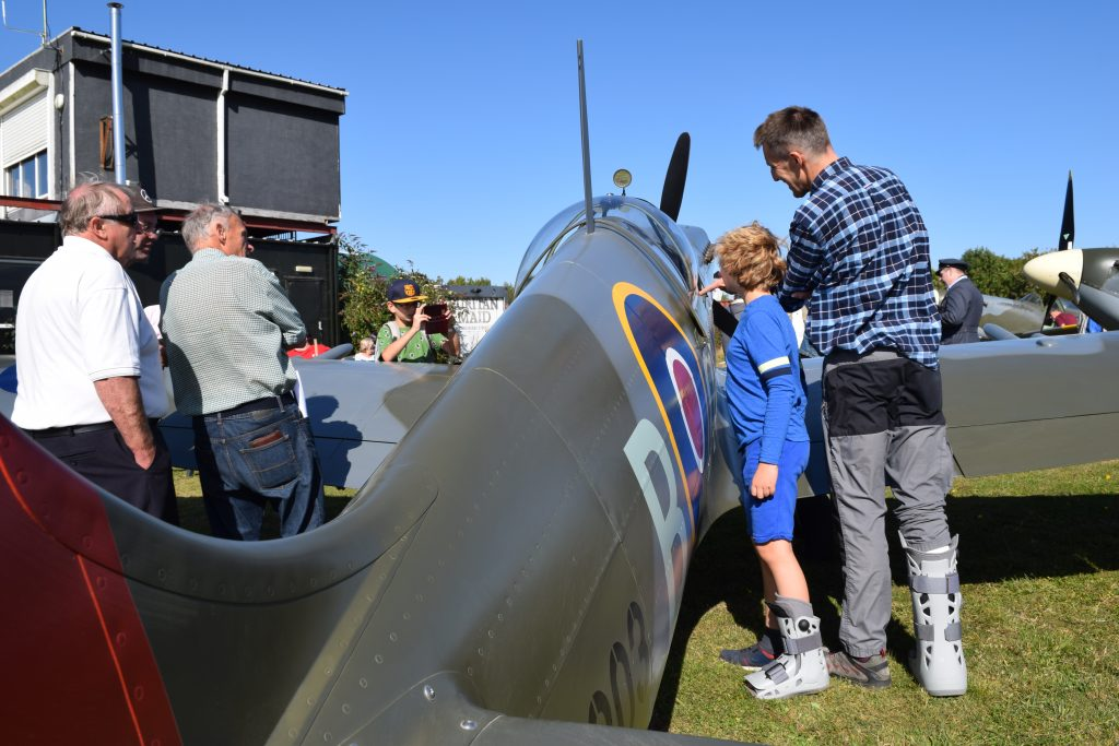 family and spitfire