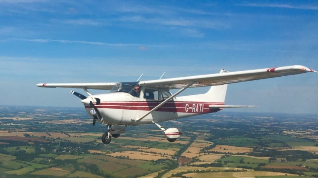 Cessna 172 aerial formation